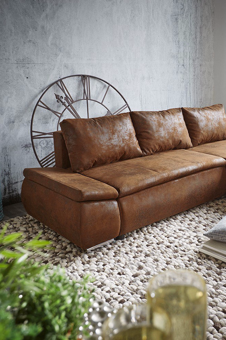 Lutz Couch